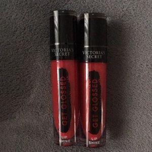 "💋VS ""love it"" red lip gloss"